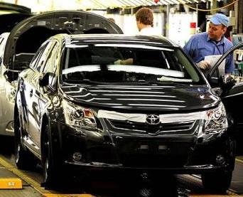 Toyota 2012'de toparlandı