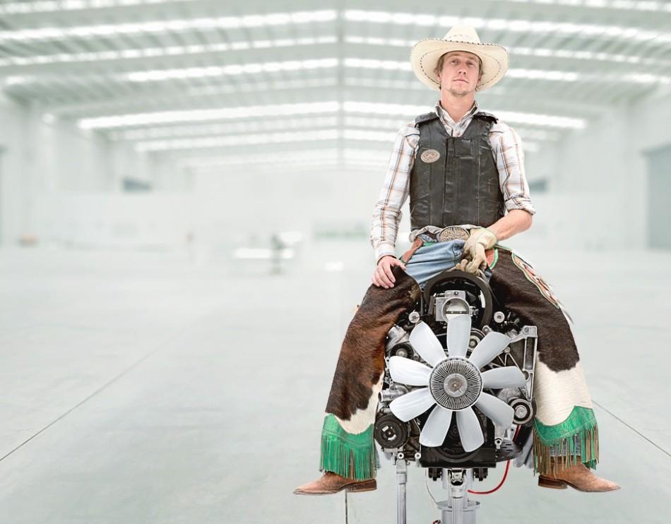 Ünlü rodeocu Richard Harden, Castrol'ün yeni reklam filminde