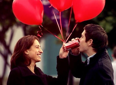 'Havada aşk kokusu var' Coca-Cola Sevgililer Günü
