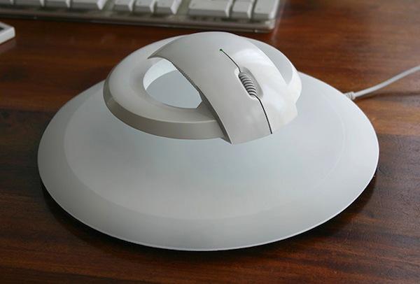 Uçan bilgisayar faresi bileğinizi koruyor