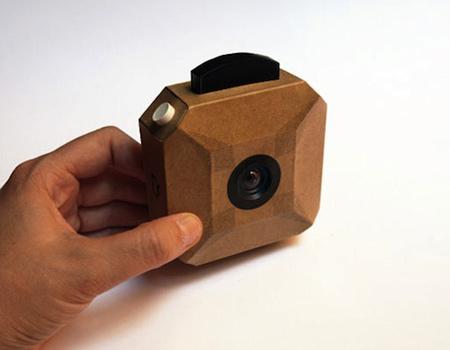 Kartondan bir dijital kamera yapmak ister misiniz?