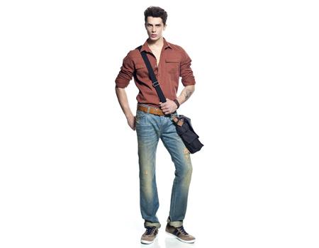 Loft Jeans reklam ajansını değiştirdi