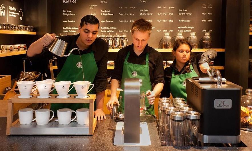 New York Times aboneliği olmayanlar Starbucks'a gidebilir