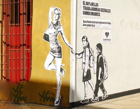Ogilvy, hayat kadınlarının sorunlarına sokak sanatı ile dikkat çekiyor