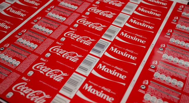 Marka, 32 ülkede 800 milyon kişiselleştirilmiş etiket üreterek rekora imza attı.