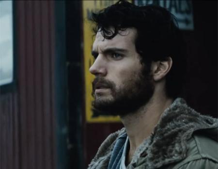 Gillette soruyor, Superman nasıl tıraş olur?