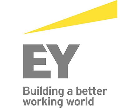 Ernst & Young logosunu değiştirdi