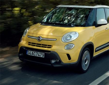 Fiat 'büyüsen de tarzını kaybetme' diyor