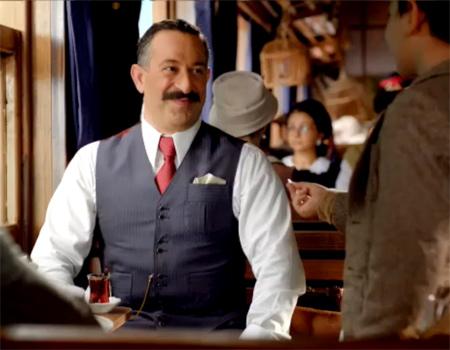 İş Bankası'nın yeni reklam filmi, Cem Yılmaz'ı geleceğin iş adamları ile buluşturuyor.
