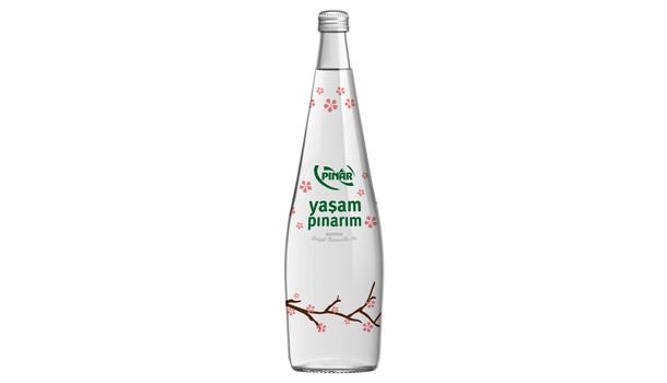 """Grafik Tasarımı Kategorisi: """"Pınar Yaşam Pınarım Mevsim Konseptli Cam Şişe Serisi"""" Pınar Su San. ve Tic. A.Ş."""