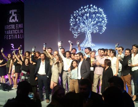 Kristal Elma'da Medya, Dijital ve Bölge Büyük Ödülleri dağıtıldı.
