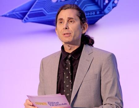 Modernista! İnovasyon Direktörü Howard Goldkrand internetin 20'inci yüzyıl zihniyeti ile yönetildiğini iddia ediyor.
