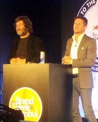 Felix Baumgartner basın mensuplarının sorularını yanıtladı
