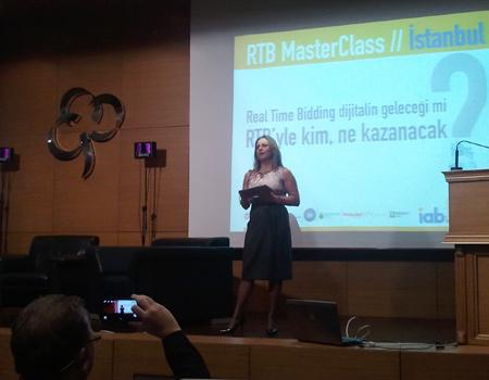 IAB Türkiye'nin düzenlediği seminer dijital iletişimcileri buluşturdu.