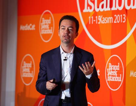 Marco Cacciotto sunumunda siyasi markalamanın olmazsa olmazlarına değindi.