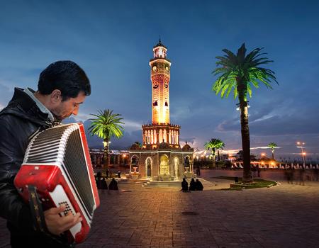 Kazanan kentin Türkiye saati ile 17.00'de açıklanması bekleniyor.