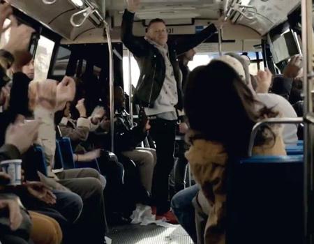 Grammy Ödülleri New Yorkluları Macklemore ve Ryan Lewis ile şaşırttı
