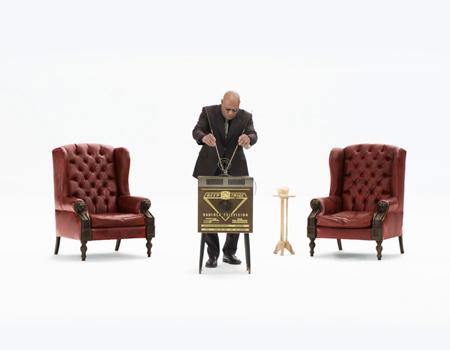 Kia'nın Super Bowl reklamında efsane karakter Morpheus yer alıyor.