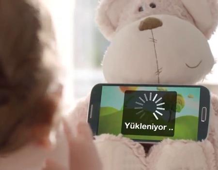 RTÜK Vodafone'un 'ağlayan bebek' reklamı yüzünden aralarında TRT'nin de yer aldığı kanalları uyardı.
