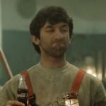 Coca-Cola 'Merak Ettim' projesini reklam filmleri ile destekliyor.