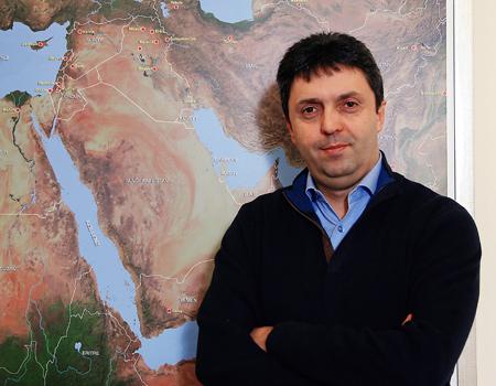 Üç yıldır 'kuluçka'da olan Al Jazeera Türkiye'nin başından geçenleri Gürkan Zengin anlattı.