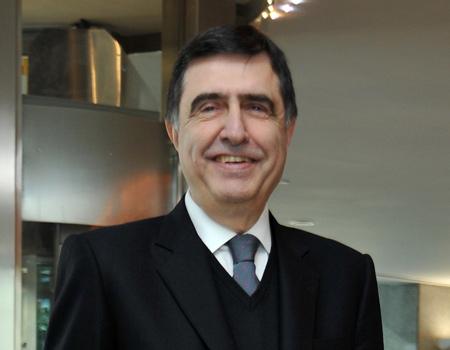 Ahmet Pura, derneğin başkanlığına 3'üncü kez seçildi.
