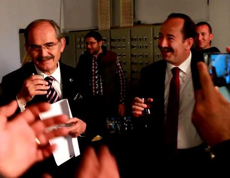 CHP, büyük ilgi gören reklam filminin kamera arkası görüntülerini yayınladı.