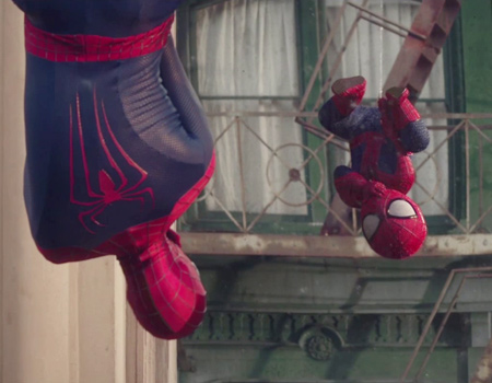 Evian'ın bebekli viraline Örümcek Adam'lı devam filmi