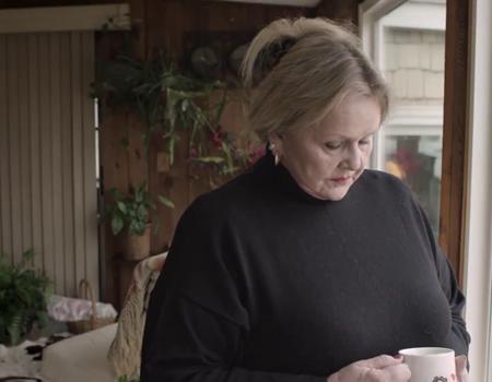 Canal+, sürekli eşinin çığlığını duymak zorunda kalan kadının hayatını kolaylaştırmayı amaçlıyor.