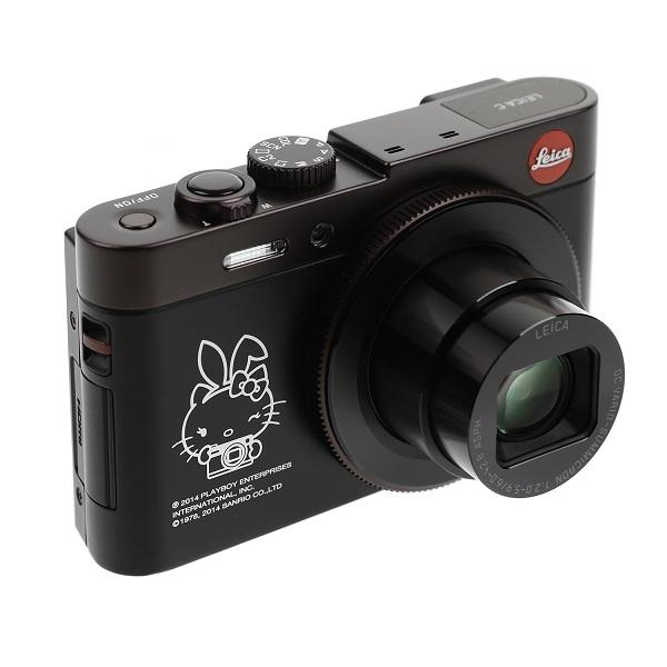 Hello Kitty, Playboy tavşanı ile Leica'da buluştu