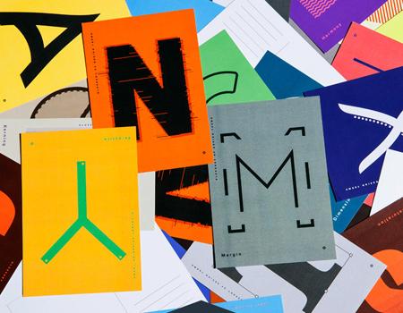 Volkan Ölmez, tasarım terimlerini özel bir tasarımla derleyen bir dizin yayınladı.