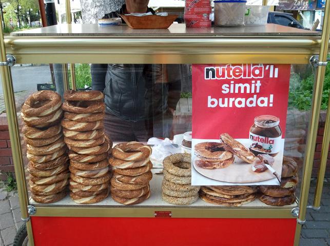 Nutella'nın yeni satış kanalı: Simitçiler