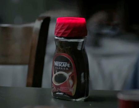 Markanın yeni kapağı Nescafé bağımlısı olmanızı garanti altına alıyor.