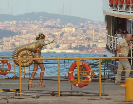 Lady Gaga İstanbul'u turlarsa…