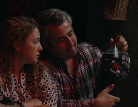 Coca-Cola: Sen sus, şişen konuşsun!