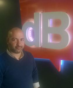 Deneyimli reklamcı Metin Arayo desibel Ajans yaratıcı ekibine katıldı.