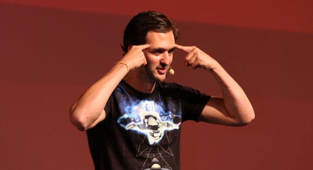 Jason Silva, Brand Week sahnesinde zihinleri zorladı.