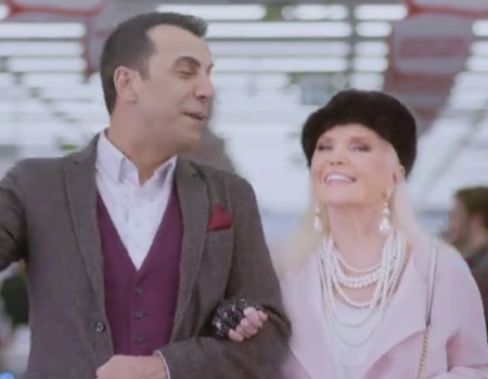 Media Markt Sevgililer Günü yalnızlarına sesleniyor