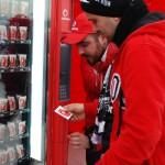 Futbolseverlerin bozuk paraları Vodafone'la ceplerinde kaldı