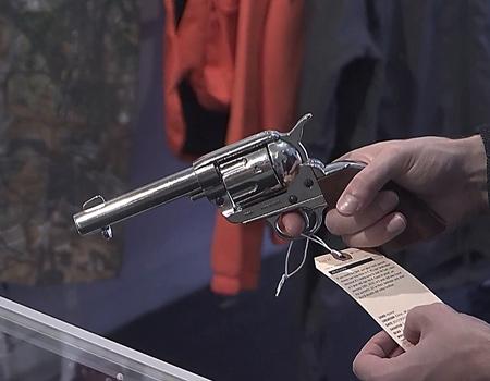 Silahlanma karşıtı gruptan sağ gösterip sol vuran kampanya