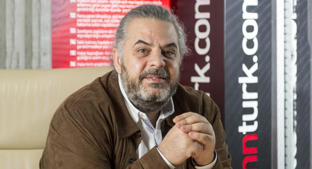 """Barış Tünay: """"Türkiye'de en zor şey ortada durmak"""""""