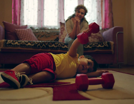 Annelerin gururlu sponsoru P&G'den Azeri annelere