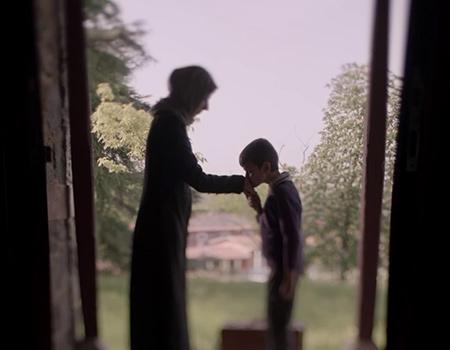 Davutoğlu'nu çocukluğuna götüren Anneler Günü reklamı