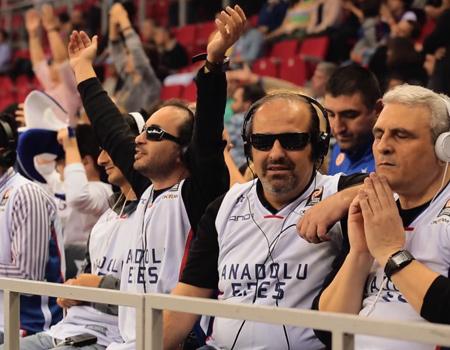 Anadolu Efes, Beşiktaş Integral Forex karşılaşmasında görme engellileri ağırladı.