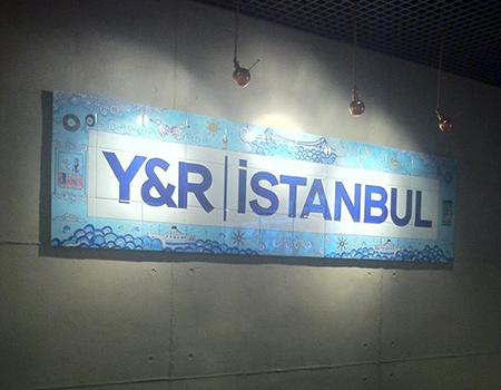 Y&R İstanbul okullu oldu