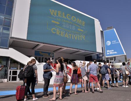 Cannes Lions'tan hayatını kaybeden gazeteci ile ilgili açıklama