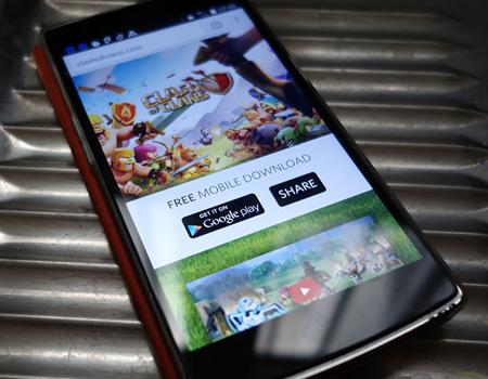 Google tam ekran mobil reklamlardan vaz geçiyor