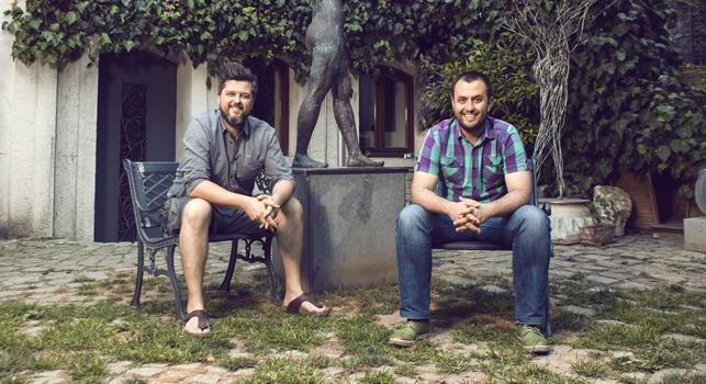 Alametifarika kreatifleri Emrah Karpuzcu ve Kenan Ünsal'dan yeni ajans.