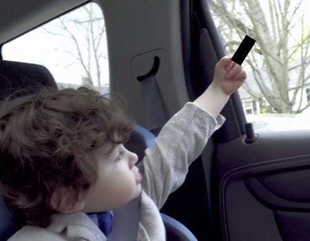 Smart, yanlış araç tercihinin çocukların eğitimini nasıl etkilediğini eğlenceli bir filmle anlatıyor.