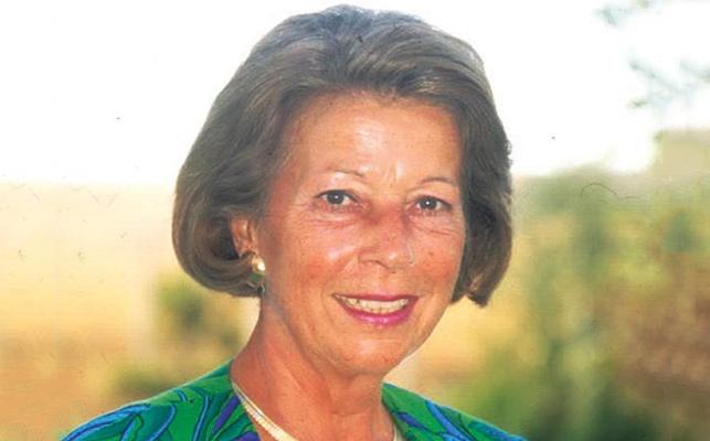 İlk Kadın Büyükelçi: Filiz Dinçmen (1939- )